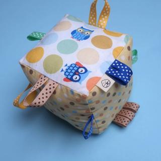 Rattle Cube Sensory Toy- Owl Frenzy
